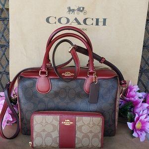 Coach Purse hand / shoulder bag crossbody wallet